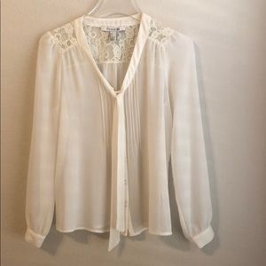 FOREVER 21 Lace Blouse- Size Small